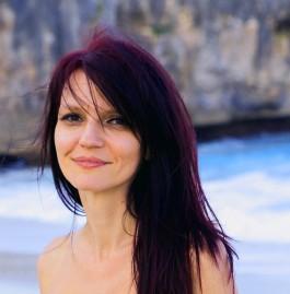 Suzana Profile Pic