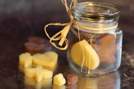 DIY Vanilla Cocoa Lotion Bar - Unique Christmas Gift Idea